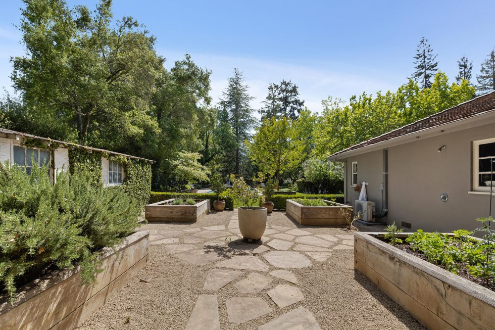 Classic and Timeless Central Atherton Estate