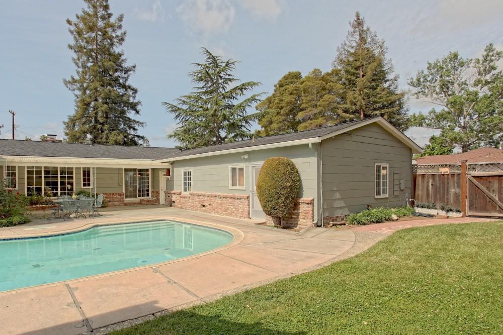 307 Santa Clara Avenue, Redwood City