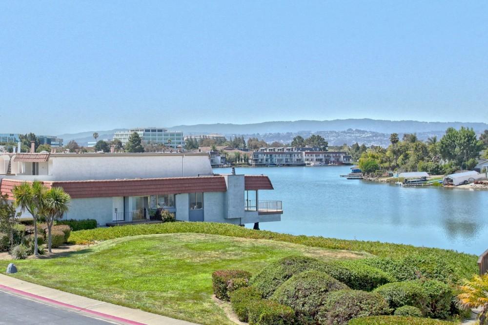 465 Fathom Drive, #215, San Mateo